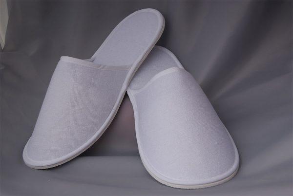 Хотелски чехли за еднократна употреба